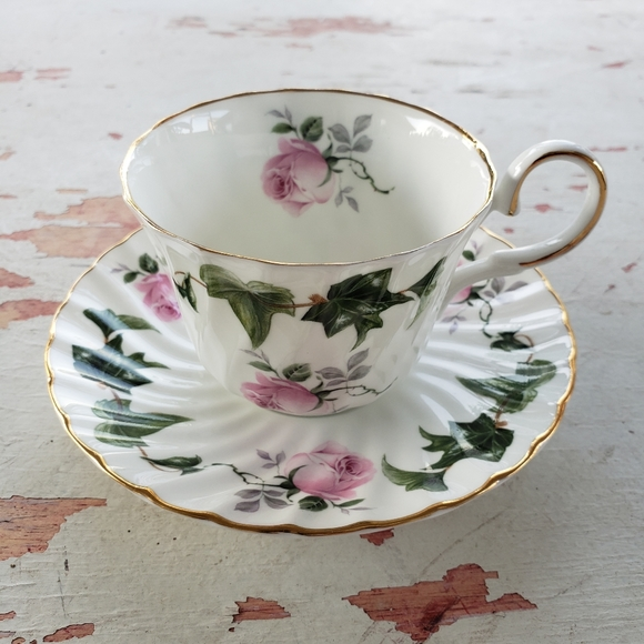 Vintage Other - Vintage rose and ivy tea cup and saucer